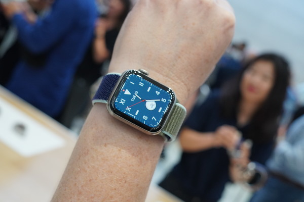 Apple Watch 5 hands-on